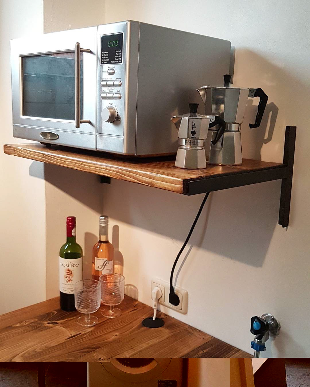 Hendrix Woodworking - Kitchen bar