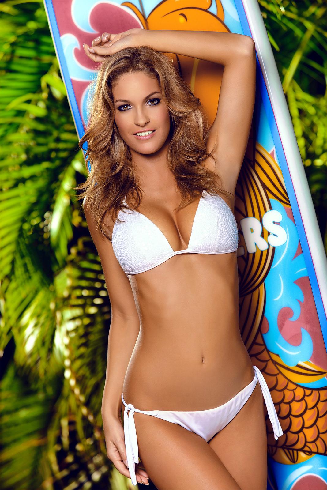 Tall sexy bikini contestants — 7