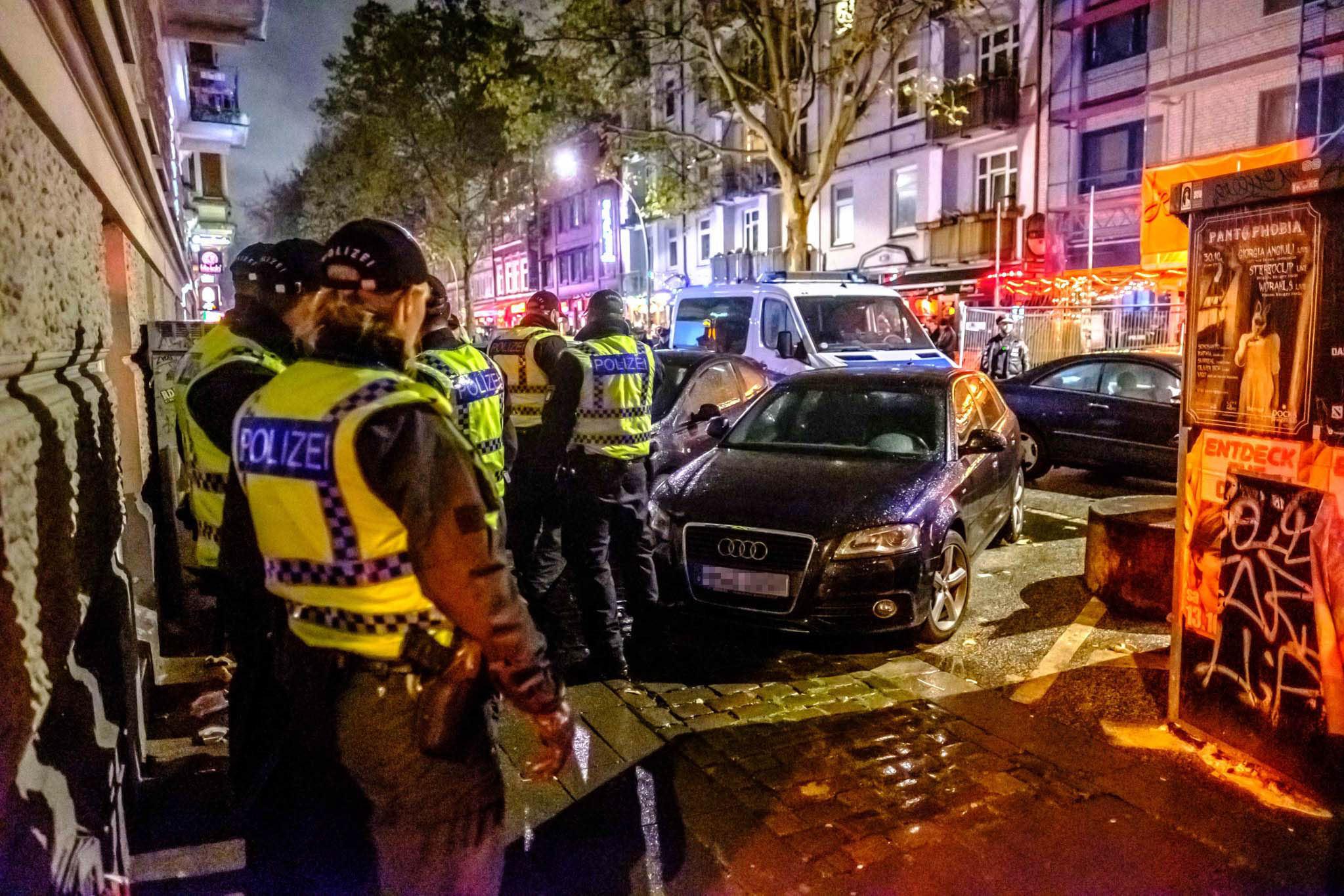 Michael Arning - 2018-10-31 Polizist schießt auf Unfallfahrer