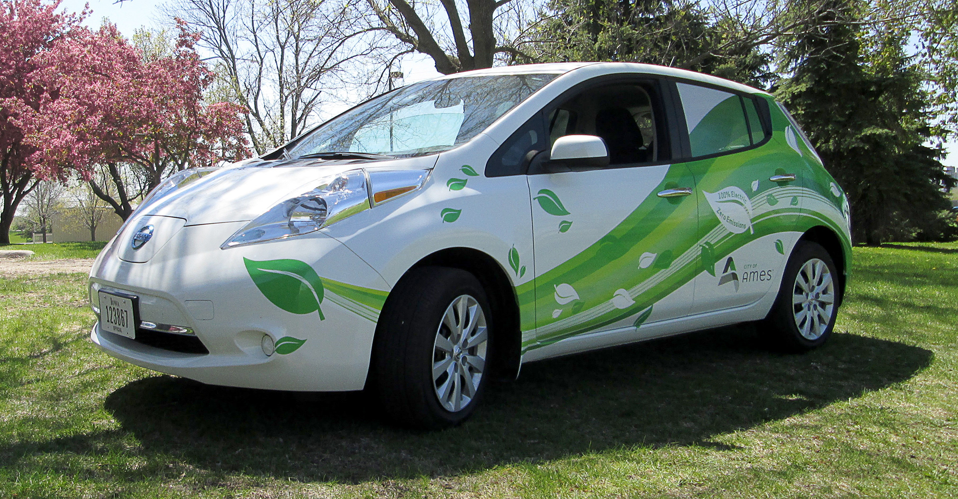 more fuel article electric nissan efficient than leaf new if car zdnet
